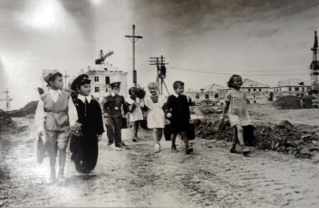 Сахалин, 1 сентября 1955. Фотограф Семён Фридлянд