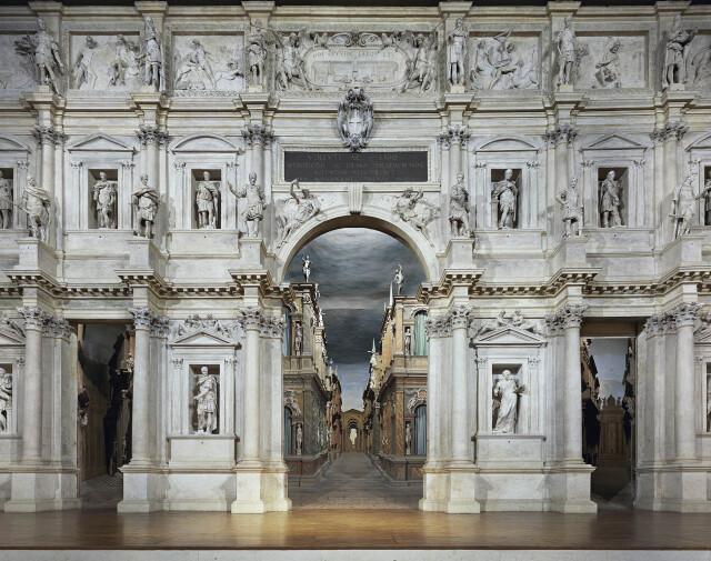 Олимпийский театр, Венеция, Италия, 2010 год. Фотограф Дэвид Левенти