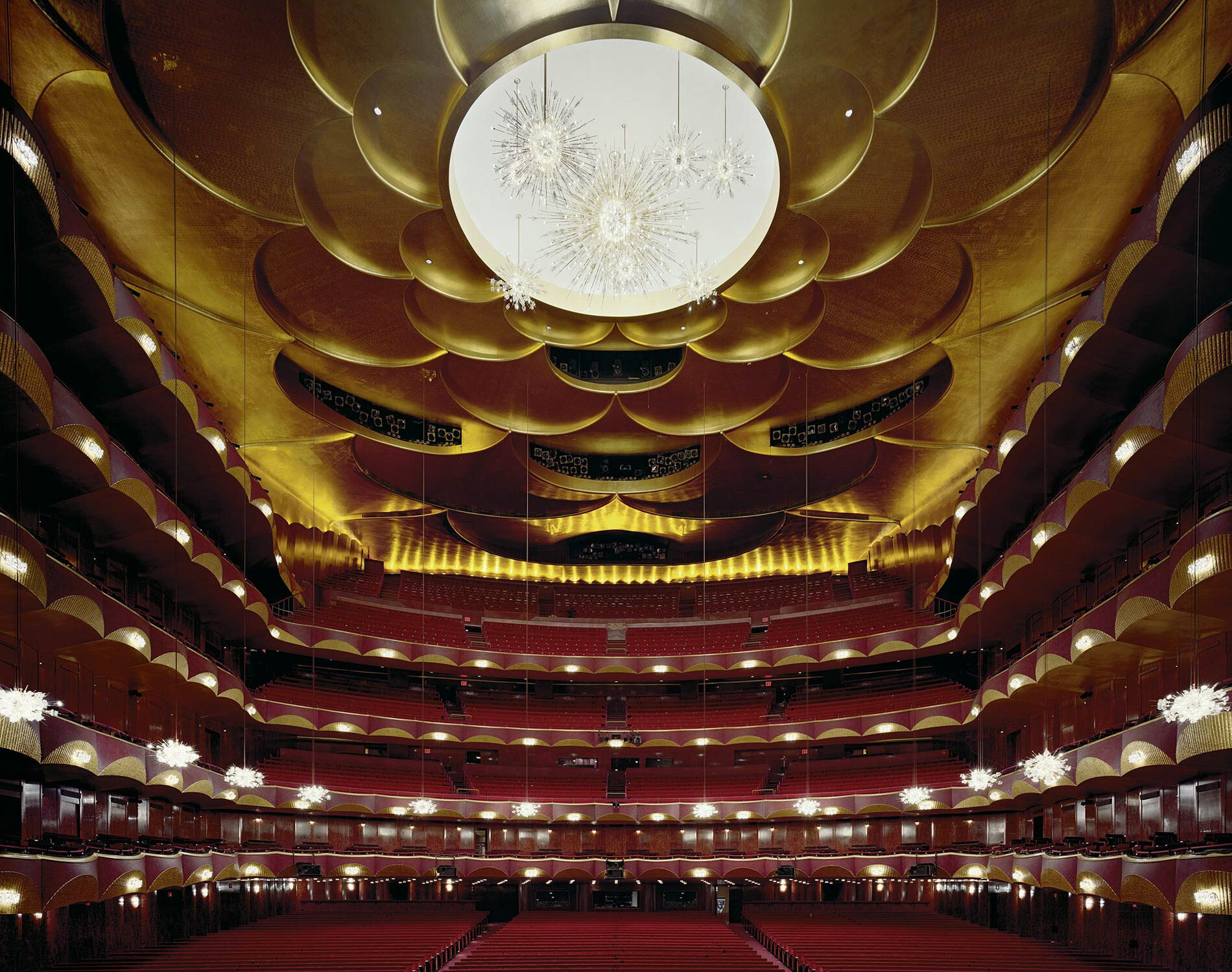 Метрополитен-опера, Нью-Йорк, 2009 год. Фотограф Дэвид Левенти