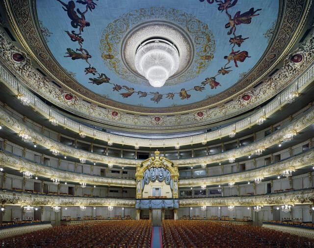 Мариинский театр, Санкт-Петербург, Россия, 2009 год. Фотограф Дэвид Левенти