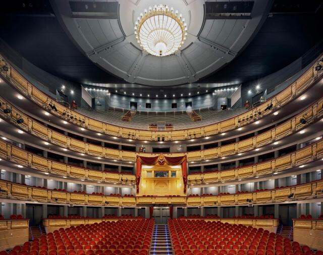 Королевский театр, Мадрид, Испания, 2009 год. Фотограф Дэвид Левенти