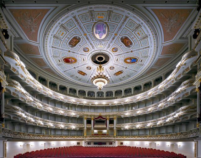 Дрезденская государственная опера, 2014 год. Фотограф Дэвид Левенти