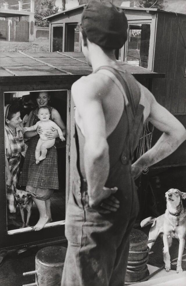 Речник и его семья. Франция, 1962. Фотограф Анри Картье-Брессон