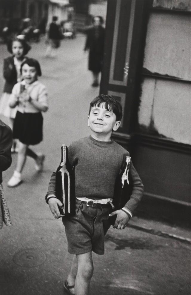 Улица Муфтар, Париж, 1954. Фотограф Анри Картье-Брессон