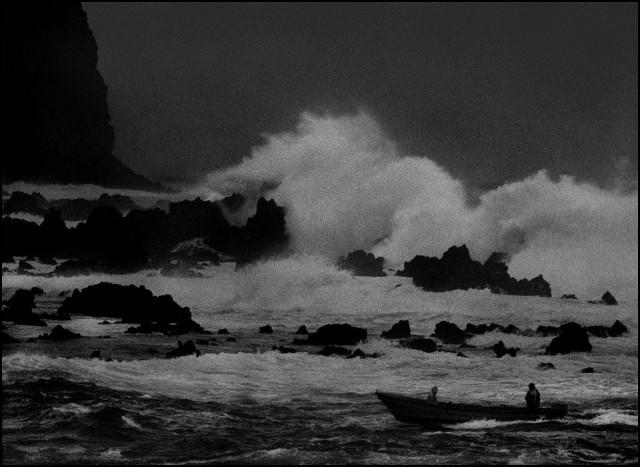 Конец дня. Остров Пасхи, Чили, 2003. Джефф Уайденер