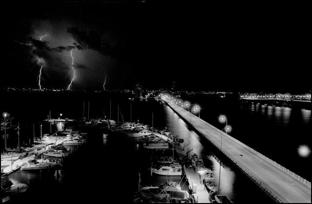Ночная гроза в Майами, Флорида, 1985. Джефф Уайденер