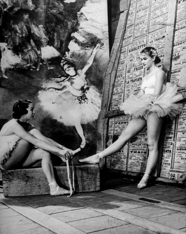 Балерины Денис Буржуа и Клод Бесси. 1949, Париж, Франция. Уолтер Сандерс