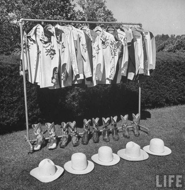 Гардероб ковбоя Роя Роджерса, США, 1943. Уолтер Сандерс
