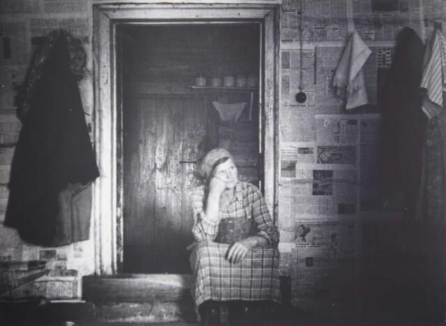 Слушая Баха, 1980-е. Фотограф Борис Михалевкин