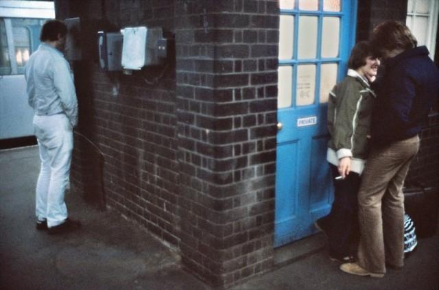 Мочеиспускание и романтика. Лондон, 1980-е. Боб Маззер