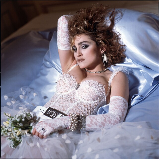 Мадонна для обложки альбома «Like a Virgin», 1984. Фотограф Стивен Майзель