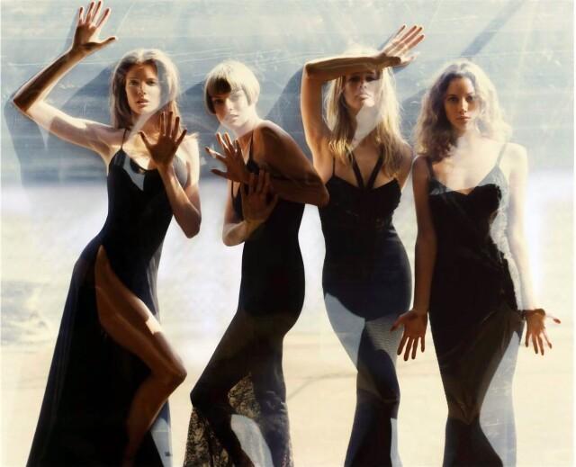 Стефани Сеймур, Линда Евангелиста, Клаудия Шиффер и Кристи Тарлингтон, 1993. Фотограф Стивен Майзель