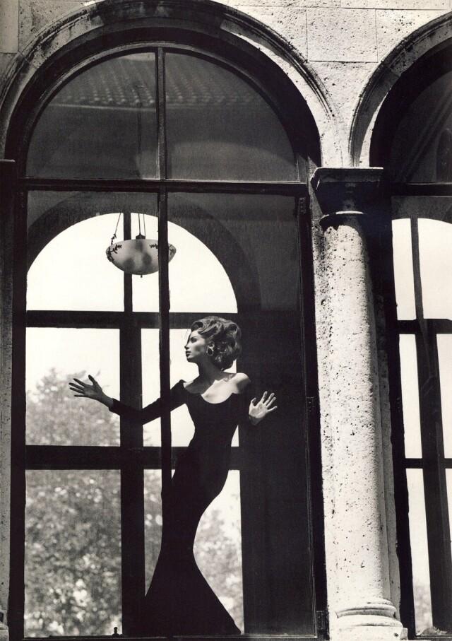 Кристи Тарлингтон, Vogue Италия, 1991. Фотограф Стивен Майзель