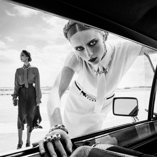 Мона Тугаард и Рианн Ван Ромпей для Zara, осень-зима 2020. Фотограф Стивен Майзель