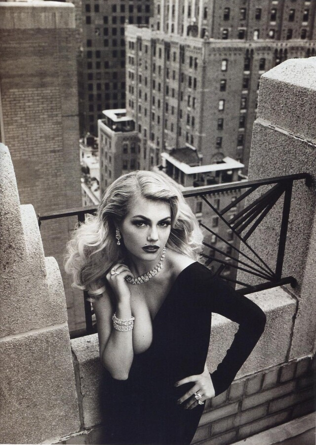 Кейт Аптон, Vogue Италия, 2012. Фотограф Стивен Майзель