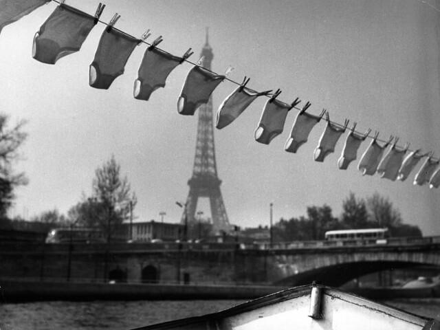 Прачечная, 1961. Фотограф Робер Дуано