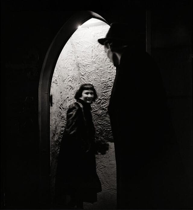 В клубе, Пигаль, Париж, 1938. Фотограф Эмиль Савитри