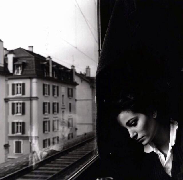Фотограф Эмиль Савитри