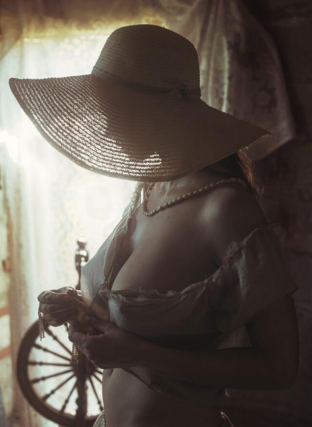 Дело в шляпе. Фотограф Давид Дубницкий