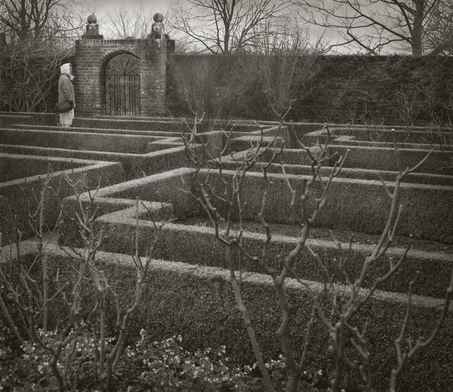 Белый сад, Сиссингхёрст. Бет Доу