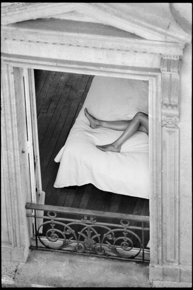 Окно. Париж, Франция, 2003. Фотограф Сирил Дрюар