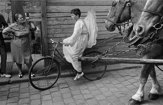 Карнавал в Оломоуце, Чехословакия, 1968. Фотограф Йозеф Куделка