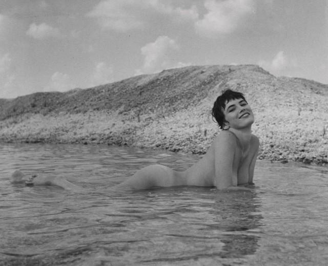 Донди Пенн, ню, 1963. Банни Йеджер (1)