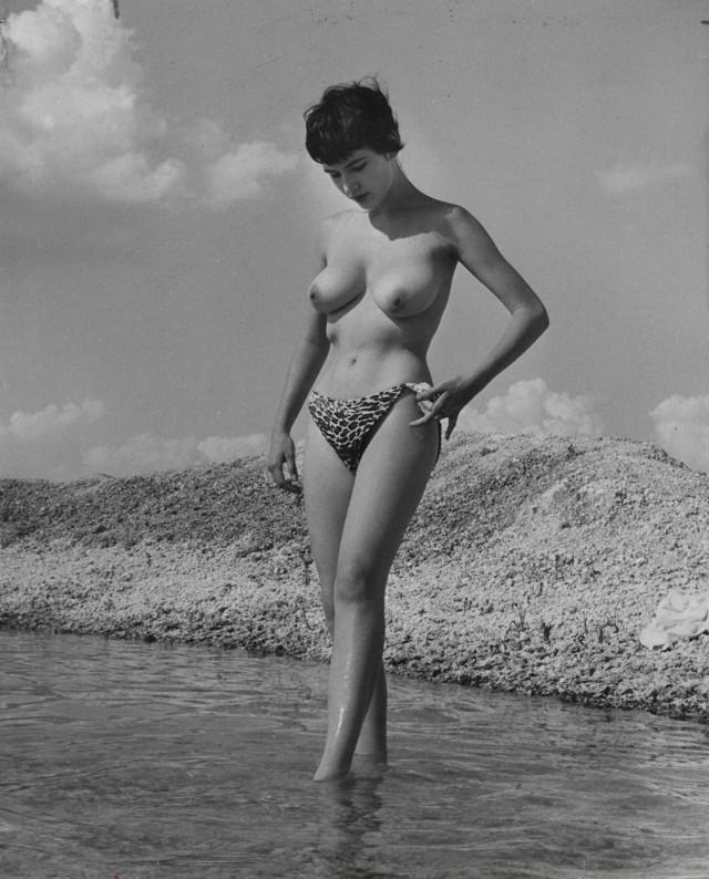 Донди Пенн, ню, 1963. Банни Йеджер (3)