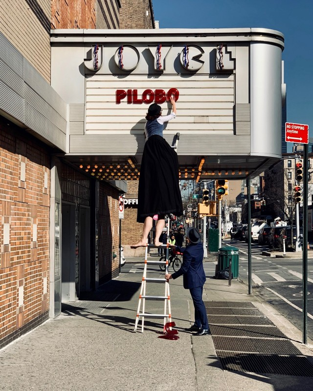 Категория «Уличный фотограф». Театр Джойс, Челси, Нью-Йорк, США. Автор Ней Круз