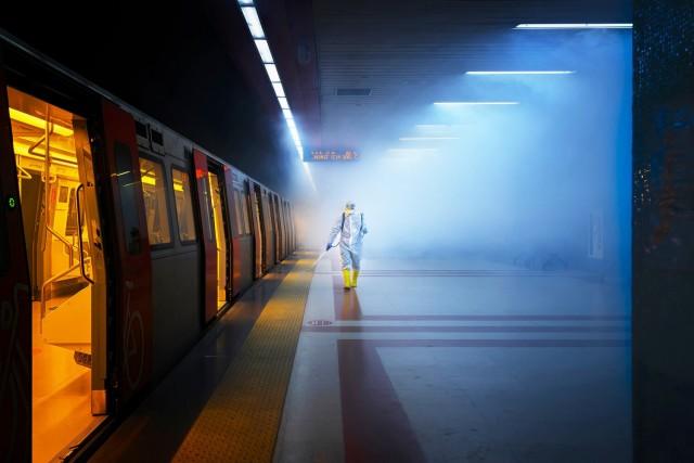 Финалист, 2020. Дезинфекция общественного транспорта в Анкаре, Турция. Автор Ф. Дилек Уяр
