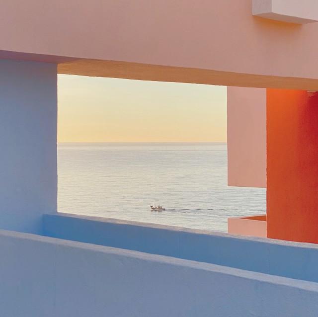 3 место в категории «Архитектура», 2020. Восход. Кальп, Испания. Автор Цзяндун Ван