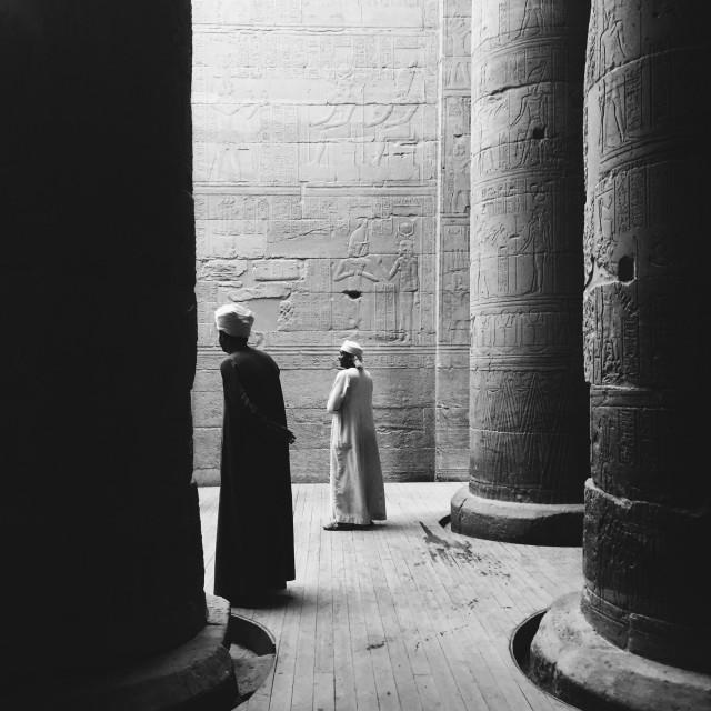 2 место в категории «Люди», 2020. Храм в Филах, Египет. Автор Крис Арзадун