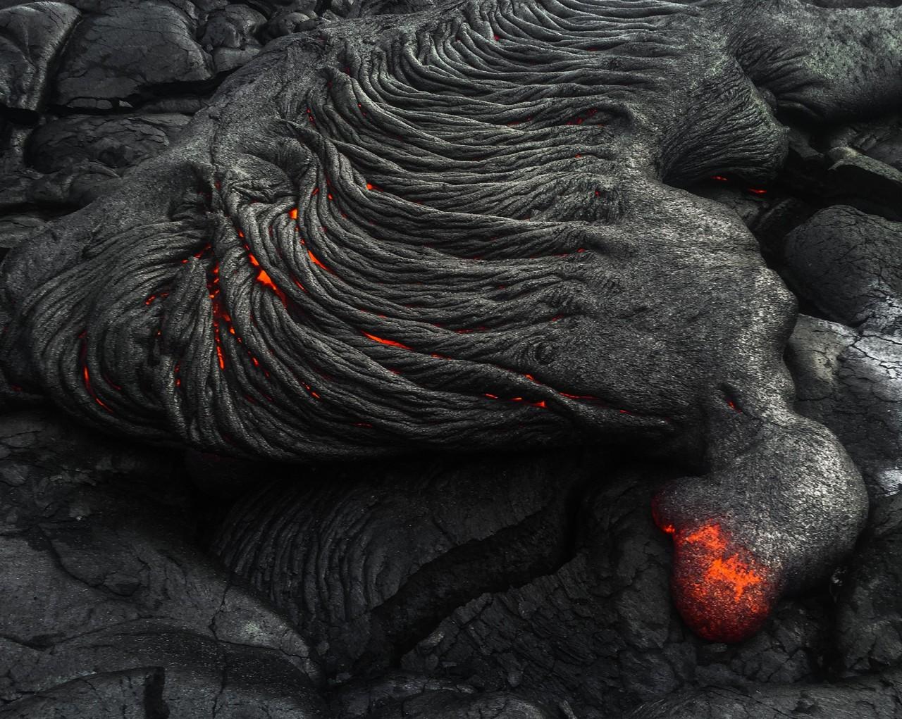 3 место в категории «Природа», 2020. Лавовое поле, Гавайи. Автор Джиавен Ву