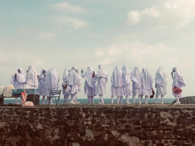 3 место в категории «Образ жизни», 2021. «Вид девушек». Галле, Шри-Ланка. Автор Валери Хельбих-Пошахер
