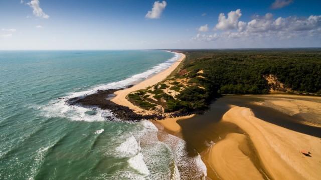 Райский пляж. Барра-де-Камаратуба, Бразилия. Фотограф Felipemafilm