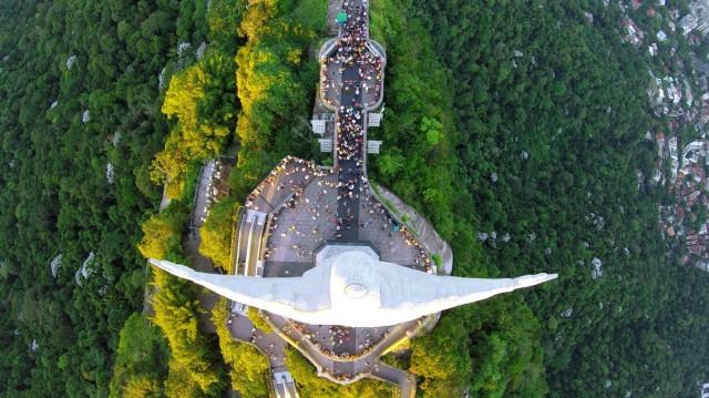 Статуя Христа-Искупителя в Рио-де-Жанейро, Бразилия. Фотограф Александр Салем