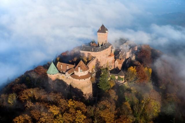 Средневековый замок Верхний Кёнигсбург в Эльзасе, Франция. Фотограф Tristan68