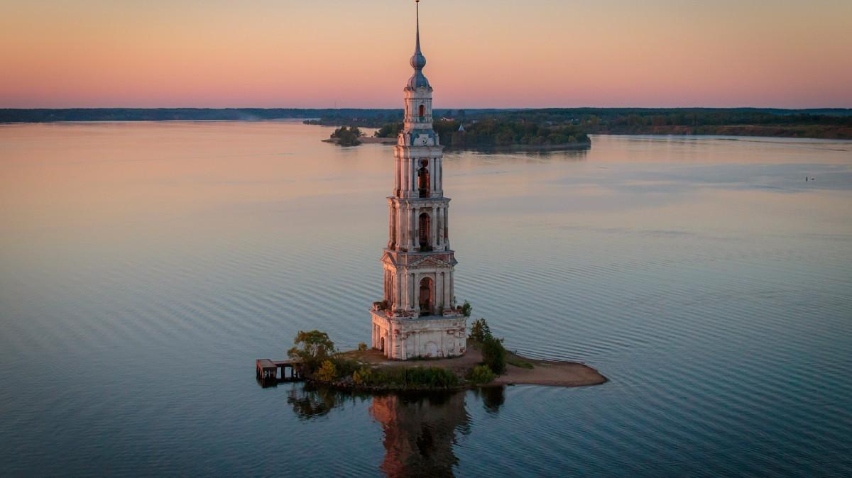 Калязинская колокольня, Калязин, Россия. Фотограф Игорь Бырко