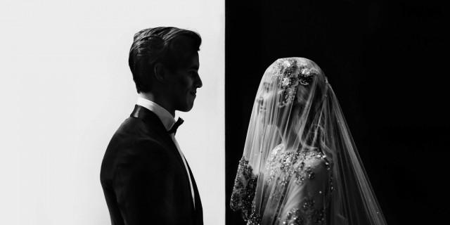 Гран-при International Wedding Photographer of the Year 2020 и победитель в категории «Чёрно-белое фото». «Инь и ян». Автор Джеймс Симмонс