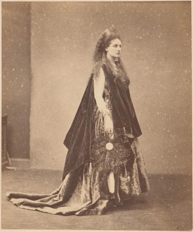 Вирджиния Ольдоини, графиня ди Кастильоне, 1861-67. Автор Пьер-Луи Пирсон
