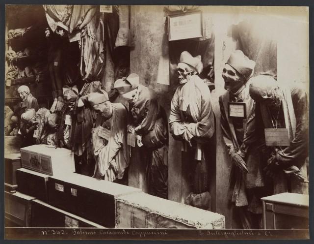 Катакомбы капуцинов в Палермо на Сицилии, 1895. Автор Эудженио Интергуглиельми