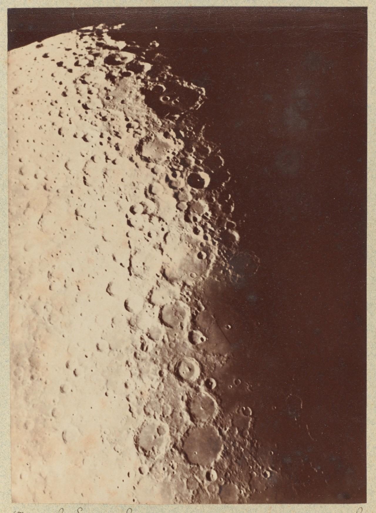 Южный полюс Луны, 1890. Автор Пол Генри, астроном из Парижской обсерватории