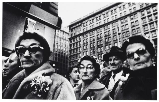 Жители Нью-Йорка, 1954 год. Фотограф Уильям Кляйн
