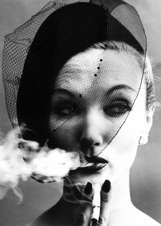Для журнала Vogue, Париж, 1958. Фотограф Уильям Кляйн