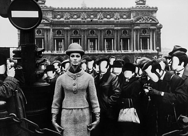 Изабелла и опера, белые лица для журнала Vogue, Париж, 1963. Фотограф Уильям Кляйн