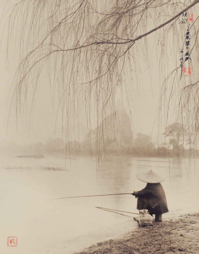Ожидание, Гуйлинь, 1984. Автор Дон Хонг-Оай