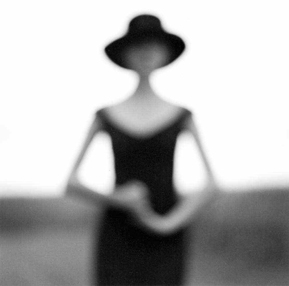 Размытый женский силуэт, Иллинойс, 1997. Автор Родни Смит