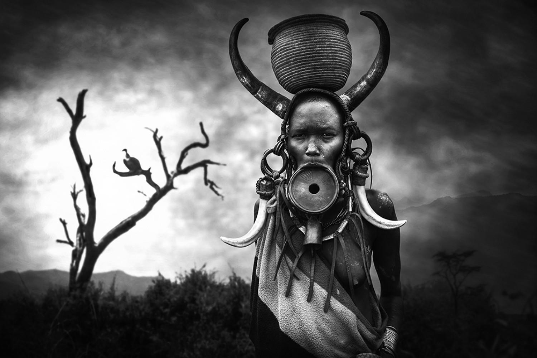 «Женщина народности мурси». 3 место в категории «Портрет», 2020. Автор Светлин Йосифов