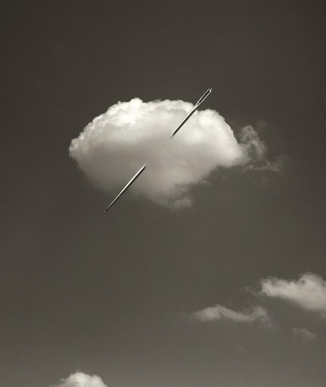 Облако с иглой, 2006. Автор Чема Мадоз