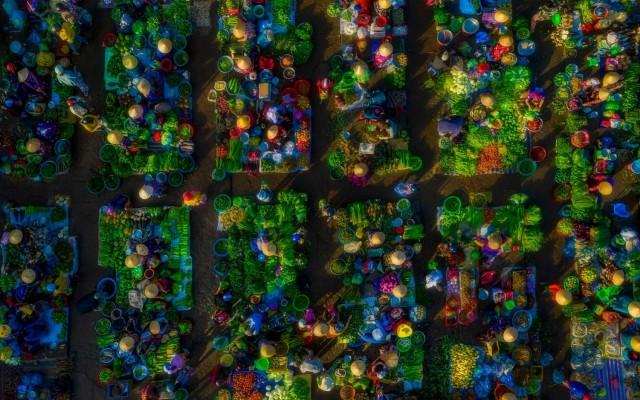 Специальное упоминание в категории «Туристическое портфолио», 2020. Сельскохозяйственный рынок, Вьетнам. Фотограф Фан Кхань